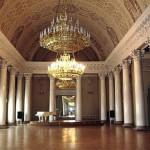 Туристы в Австрии смогут остановиться в королевском дворце.